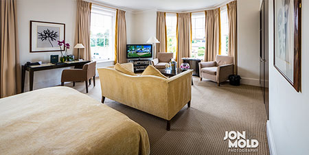 Bedford Lodge Hotel // Commercial