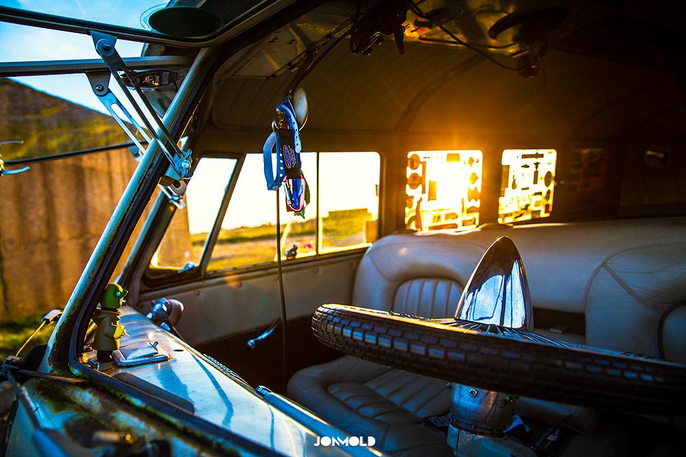 Ian-Jeffries-VW-Slammed-Split-Screen-04