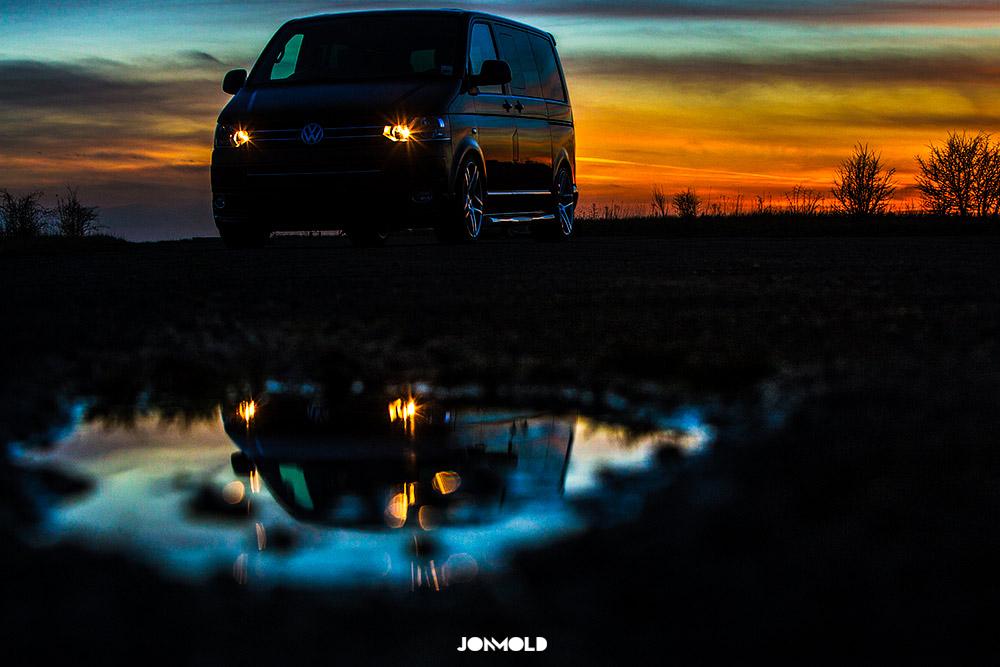 Ian-Jeffries-VW-Slammed-Split-Screen-15