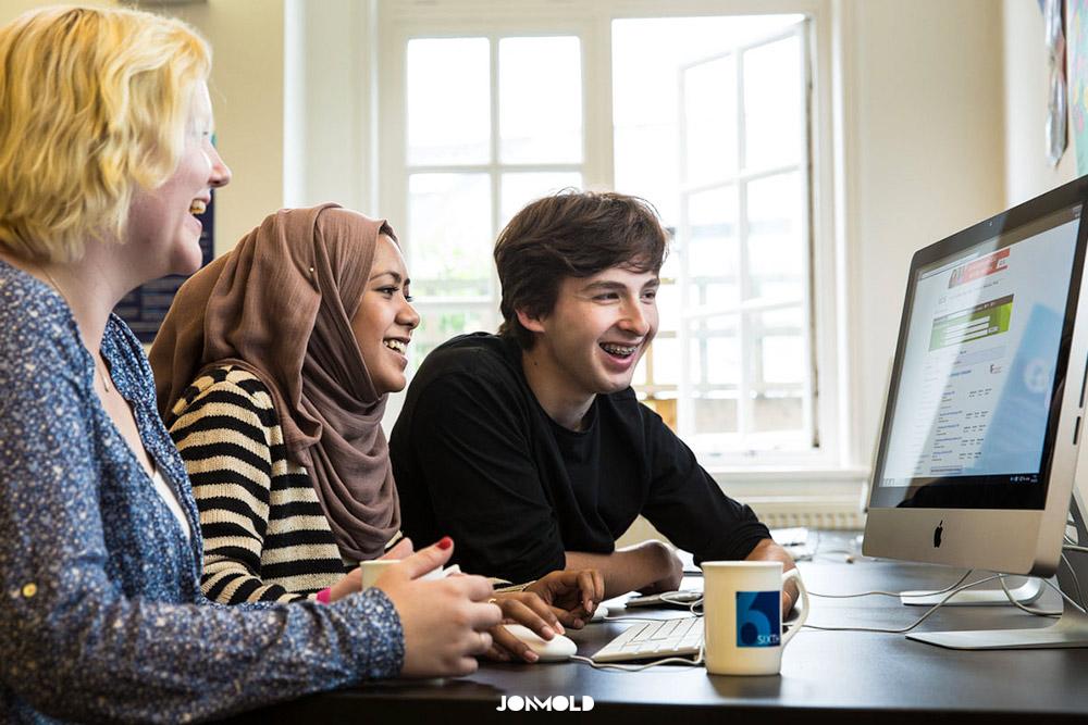 Cambridge-School-College-Prospectus-Photography-02
