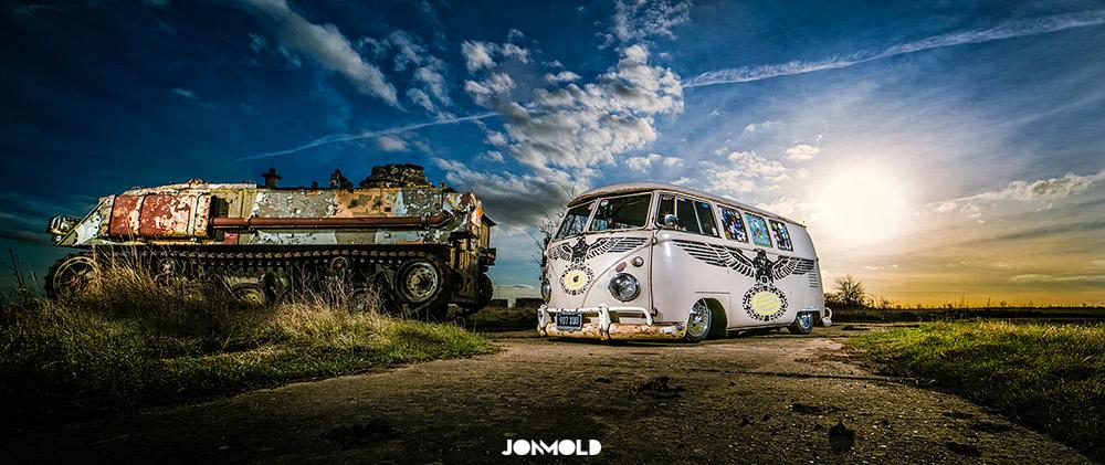 Ian Jeffries' 1959 Slammed Kombi VW Bus