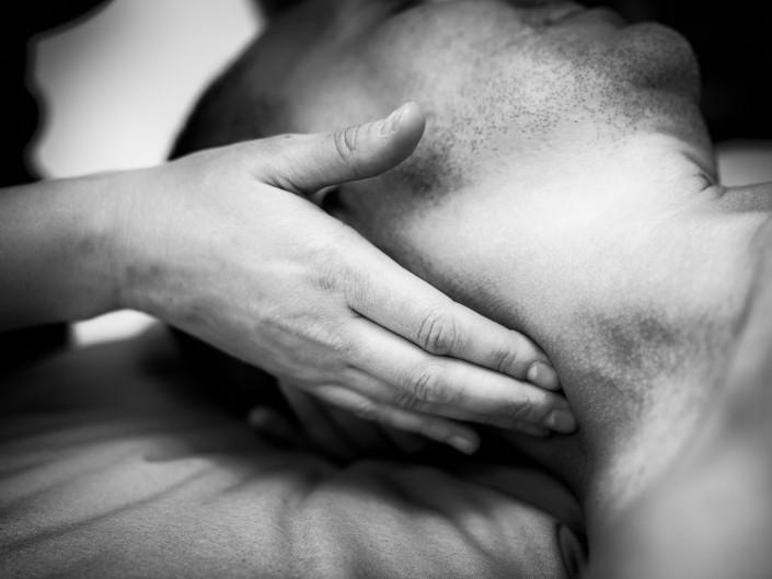 Deep tissue physio neck